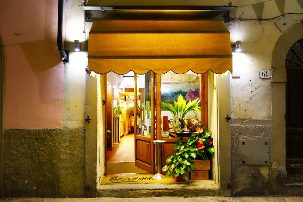 Trattoria Pandemonio outside.jpg