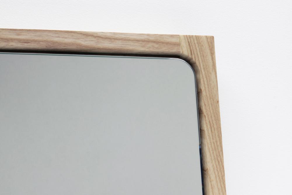 Chamfer Wall Mirror Detail 2 - Designer Designtree.jpg