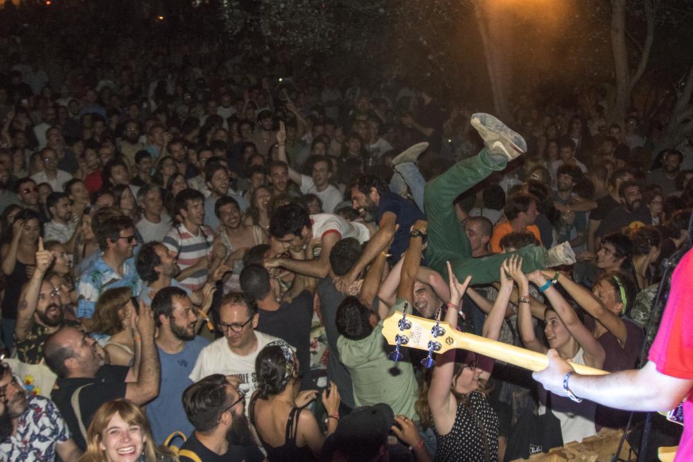 Perro, Vida Festival, Masia d'en Cabanyes, Vilanova i La Geltrú, 02-07-2016_22.JPG