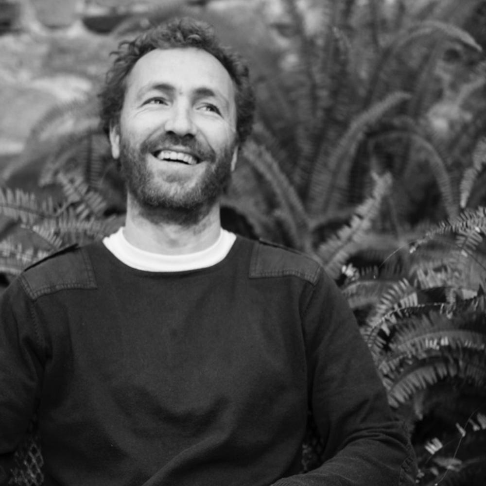 MARC FOEHN DJ   Marc Foehn, fundador i director del segell discogràfic Foehn Records, director artístic del festival BAM, i responsable de l'agència de booking Bacana a Espanya i Portugal també és conegut per les seves vibrants sessions.