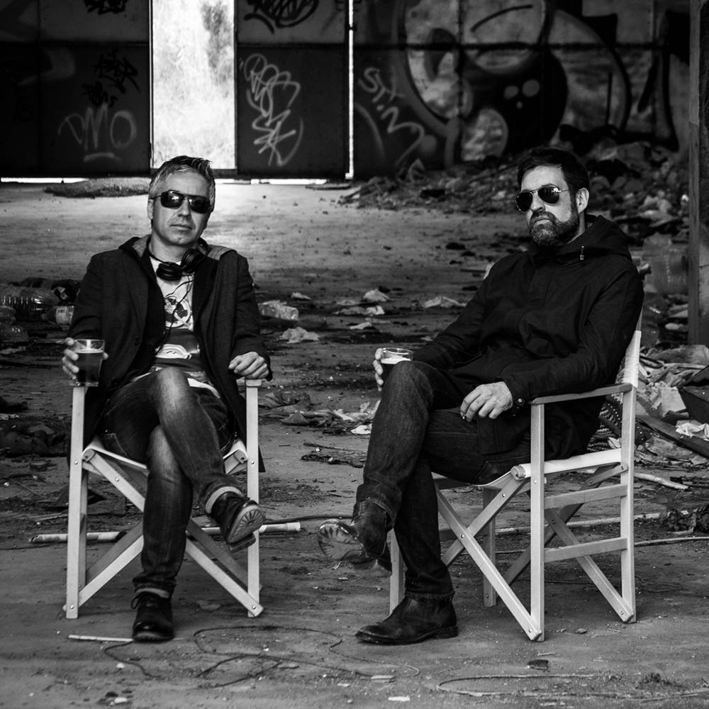 INVADERSDJS   Mike i Albert, els responsables de Invadersdjs,van quedar fascinats per la New Wave, el so Madchester, l'Acid i els grups wave de França i Bèlgica. Uns referents que influencien les seves sessions amb vinils, definides així: avantguarda electrònica i visual, minimal synth i nu wave.