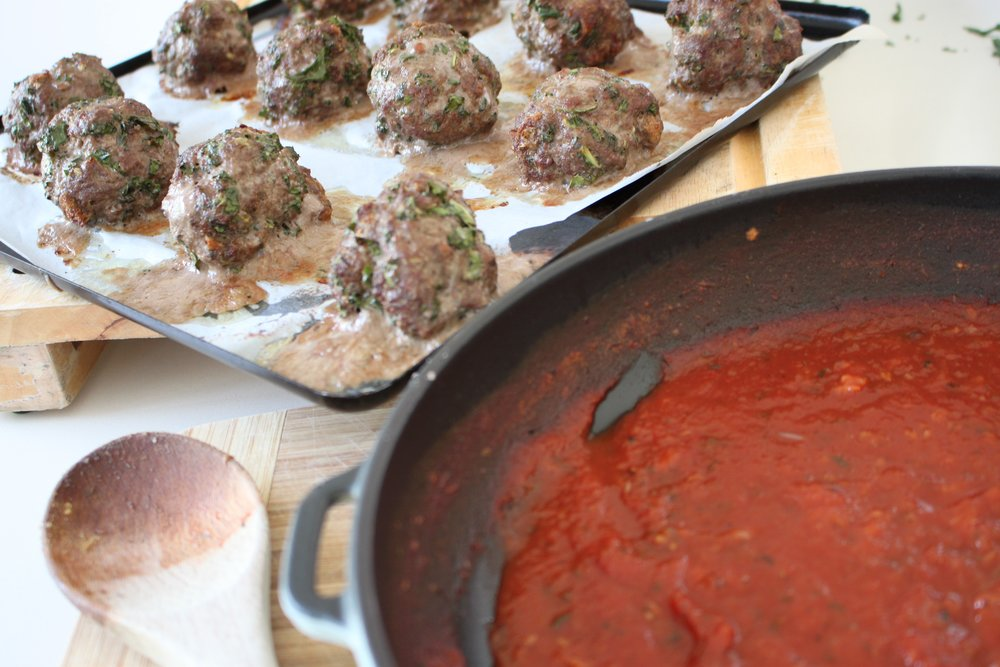 baked meatballs tomato sauce