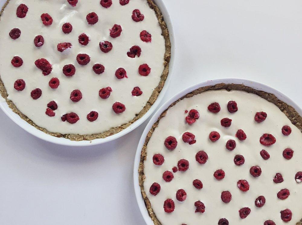Pecan Crusted Raspberry Cashew Cheescake