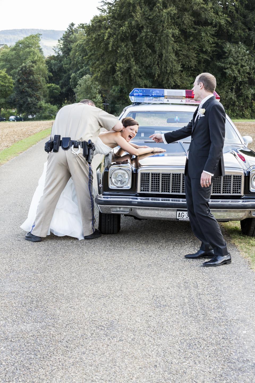 Braut wird verhaftet