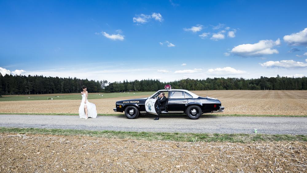 Braut und Polizei