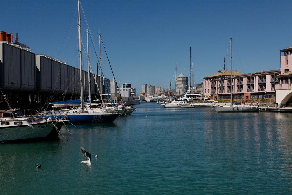 Porto Antico, regenerated by the plan of arch Renzo Piano, Genoa, alketamisja photography 2016