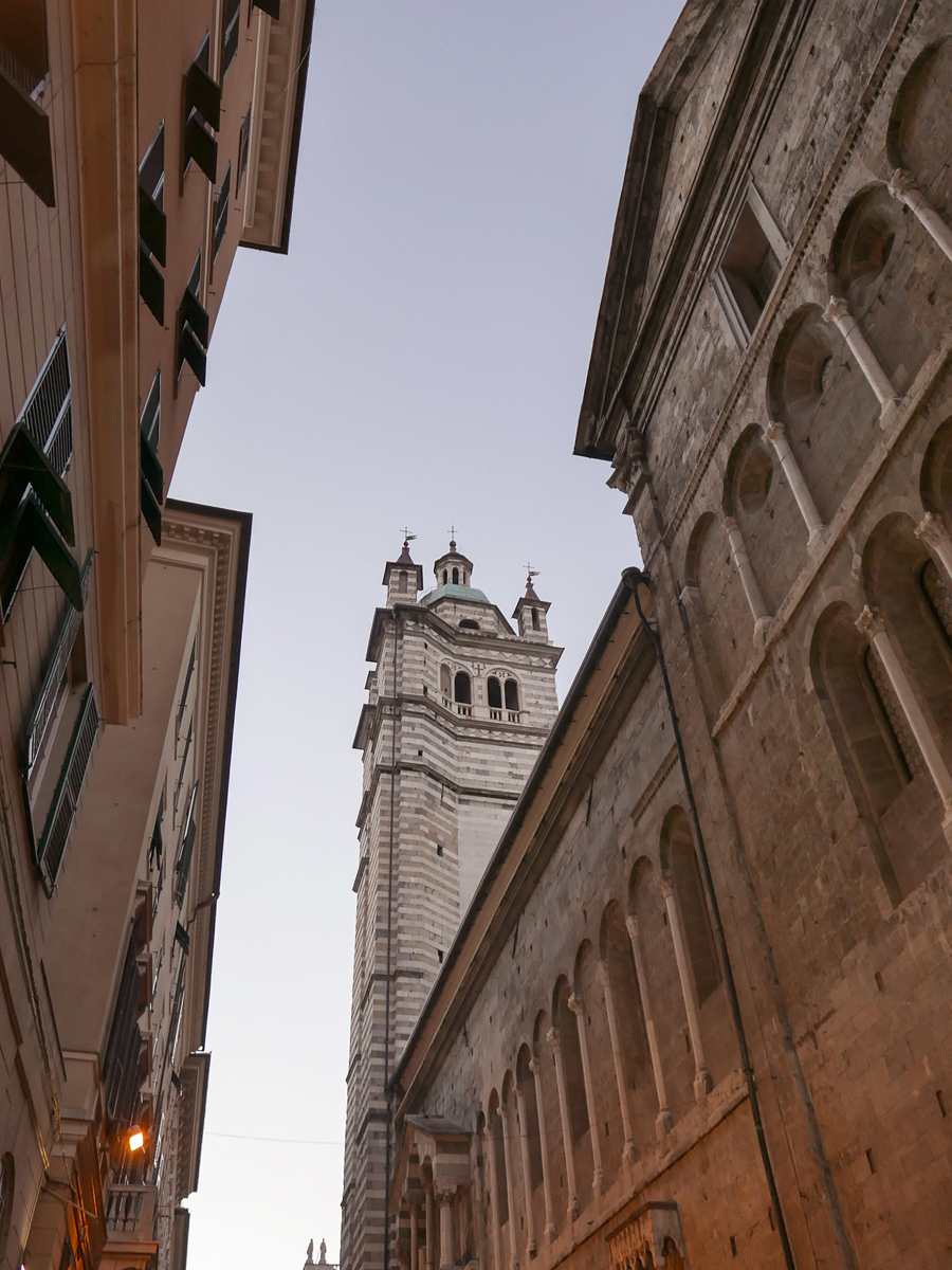 Via San Lorenzo and Cathedral San Lorenzo, Genoa Italy, alketamisja photography 2016