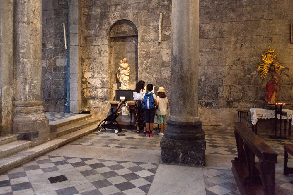 Chiesa di San Donato, Genoa Italy, alketamisja photography 2016
