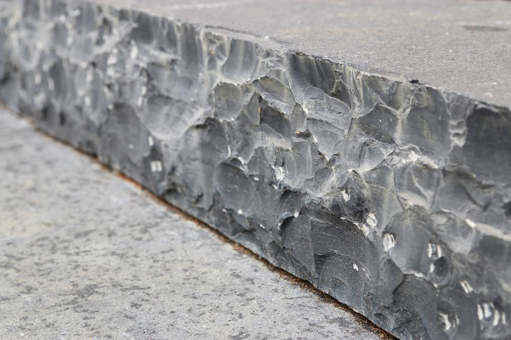 19 Boundary Stone step.jpg