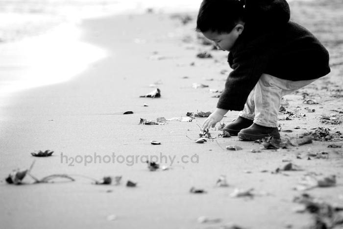 2011_hutchison_391-BW-web