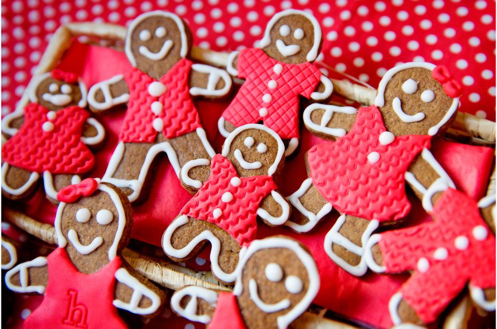 bakedbliss_gingerbreadmen_12.jpg