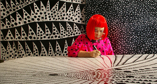 Kusama+in+Japan+©+Tokyo+Lee+Productions,+Inc..jpg
