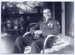 SCOTTY---Scotty-Bowers-in-uniform---Courtesy-of-Greenwich-Entertainment.jpg