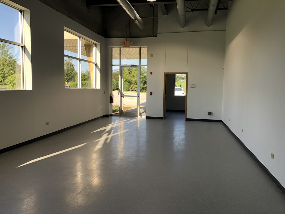 Lobby & Meeting Room