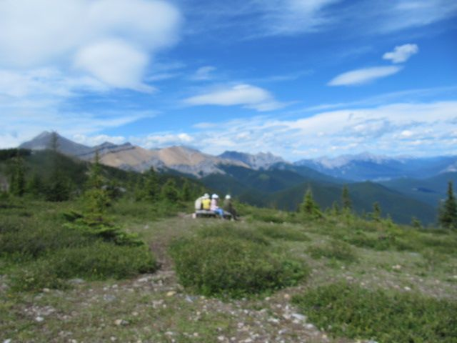 picnic at Sulphur Skyline.jpg