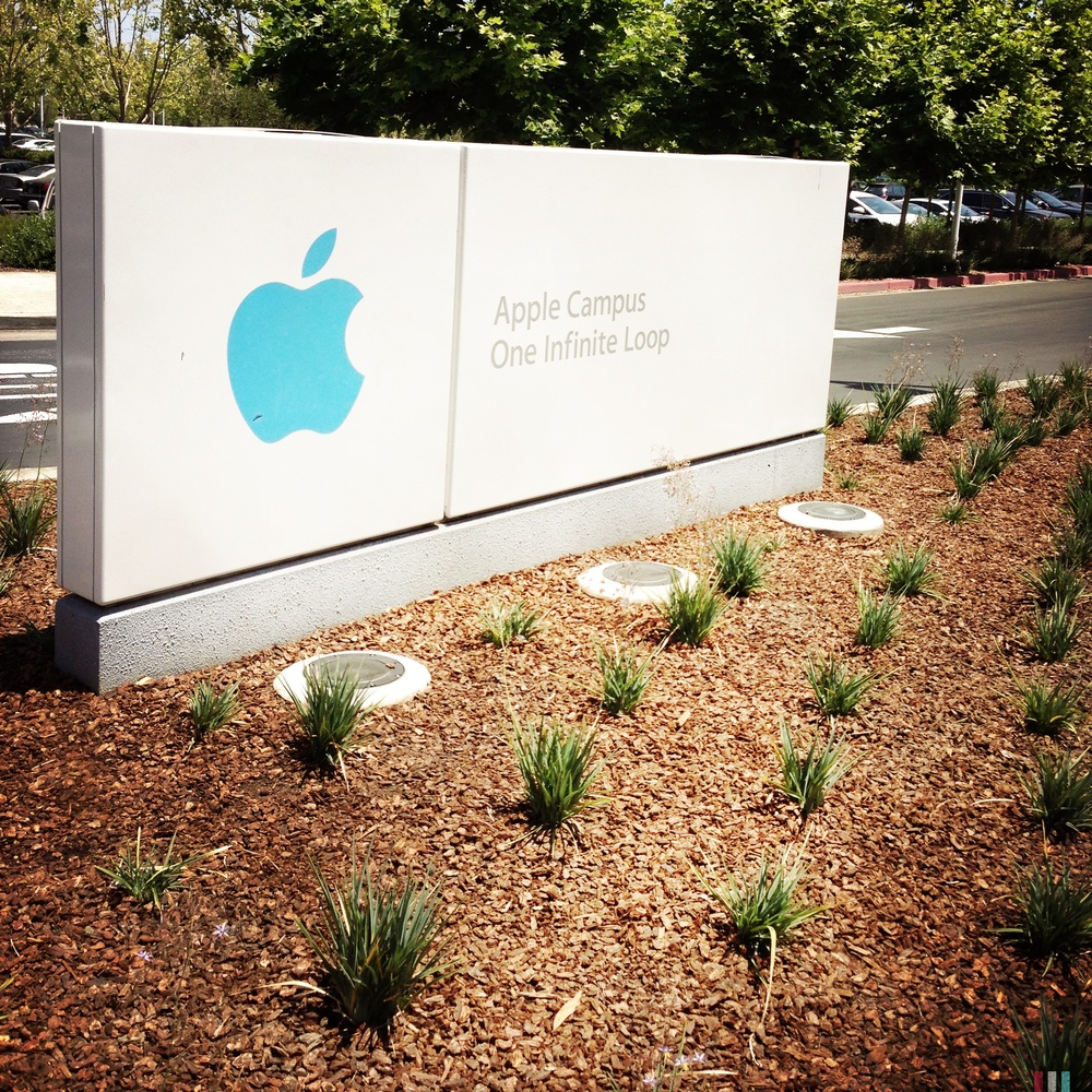 apple-headquarter.jpg