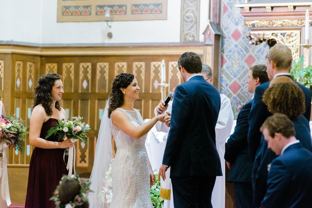 wisconsin-barn-wedding-019