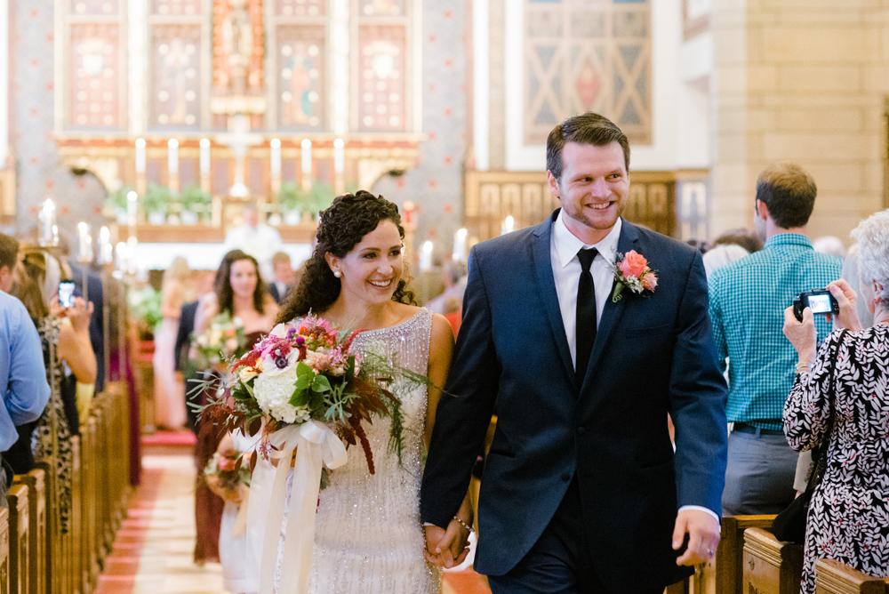 wisconsin-barn-wedding-020