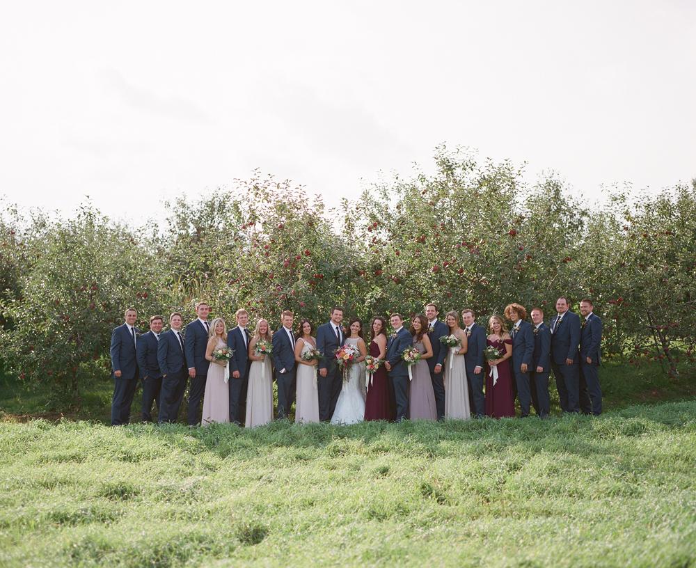 wisconsin-barn-wedding-028