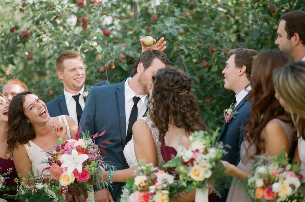 wisconsin-barn-wedding-029