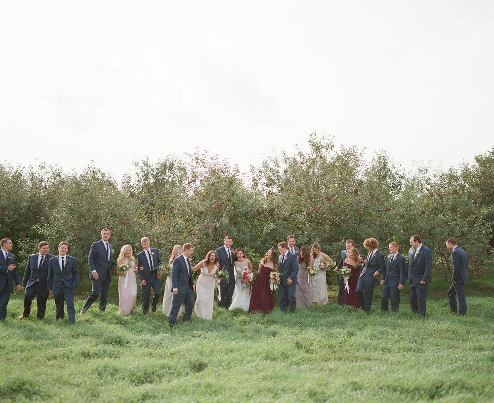 wisconsin-barn-wedding-036