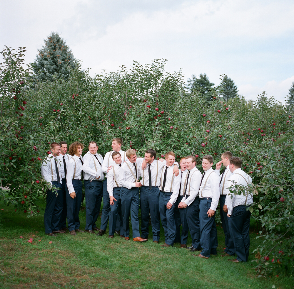 wisconsin-barn-wedding-039
