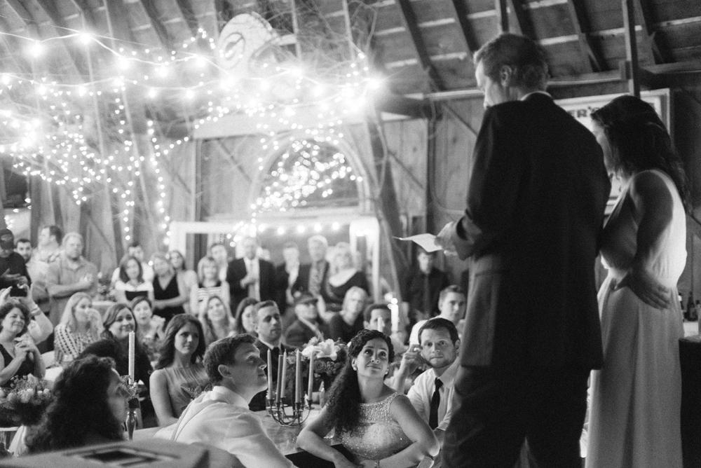 wisconsin-barn-wedding-060