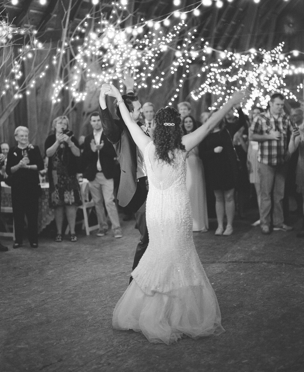 wisconsin-barn-wedding-069