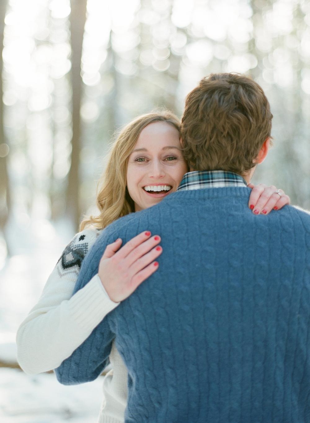 winter-engagement-photos-wausau-006