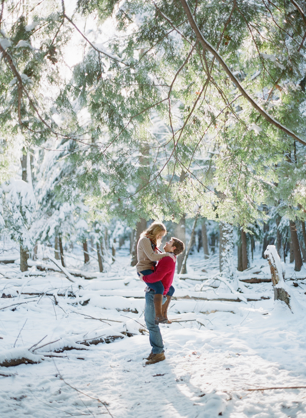 winter-engagement-photos-wausau-011