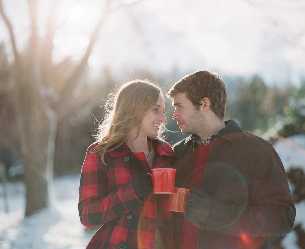 winter-engagement-photos-wausau-016