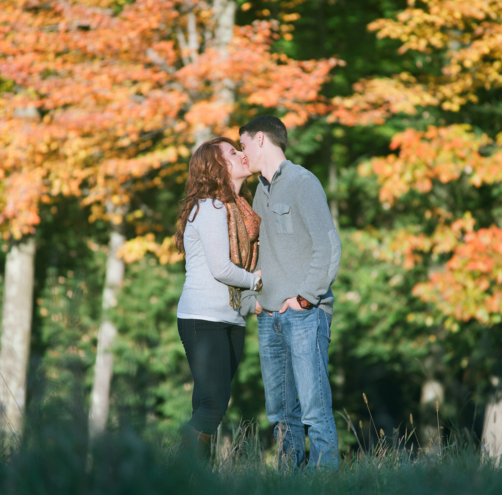 fall-engagement-photos-wausau-wi-008