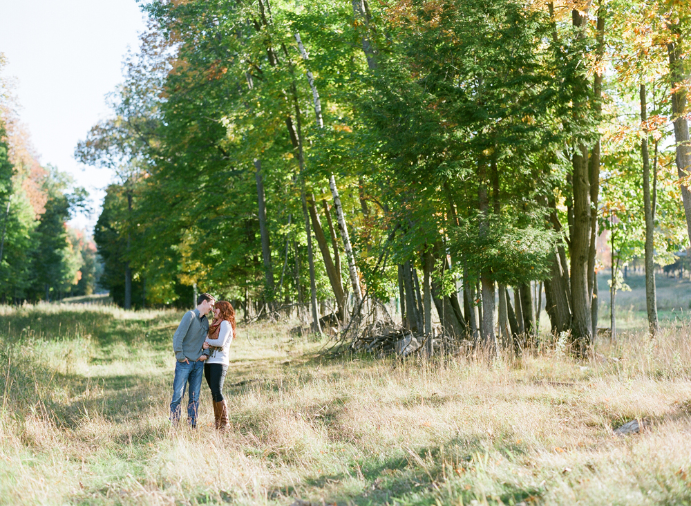 fall-engagement-photos-wausau-wi-018
