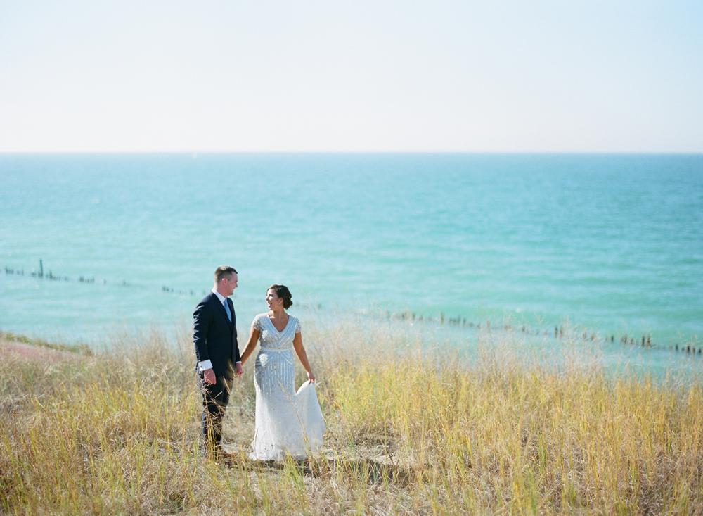 blue-dress-barn-michigan-wedding-028