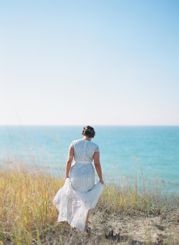 blue-dress-barn-michigan-wedding-029