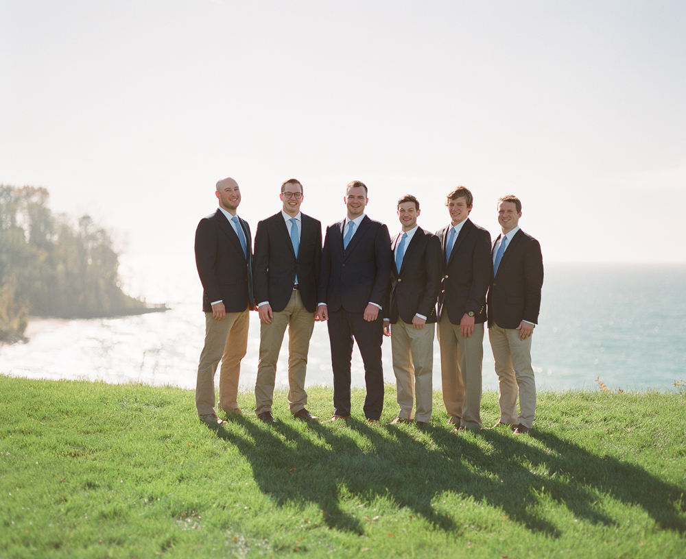blue-dress-barn-michigan-wedding-039