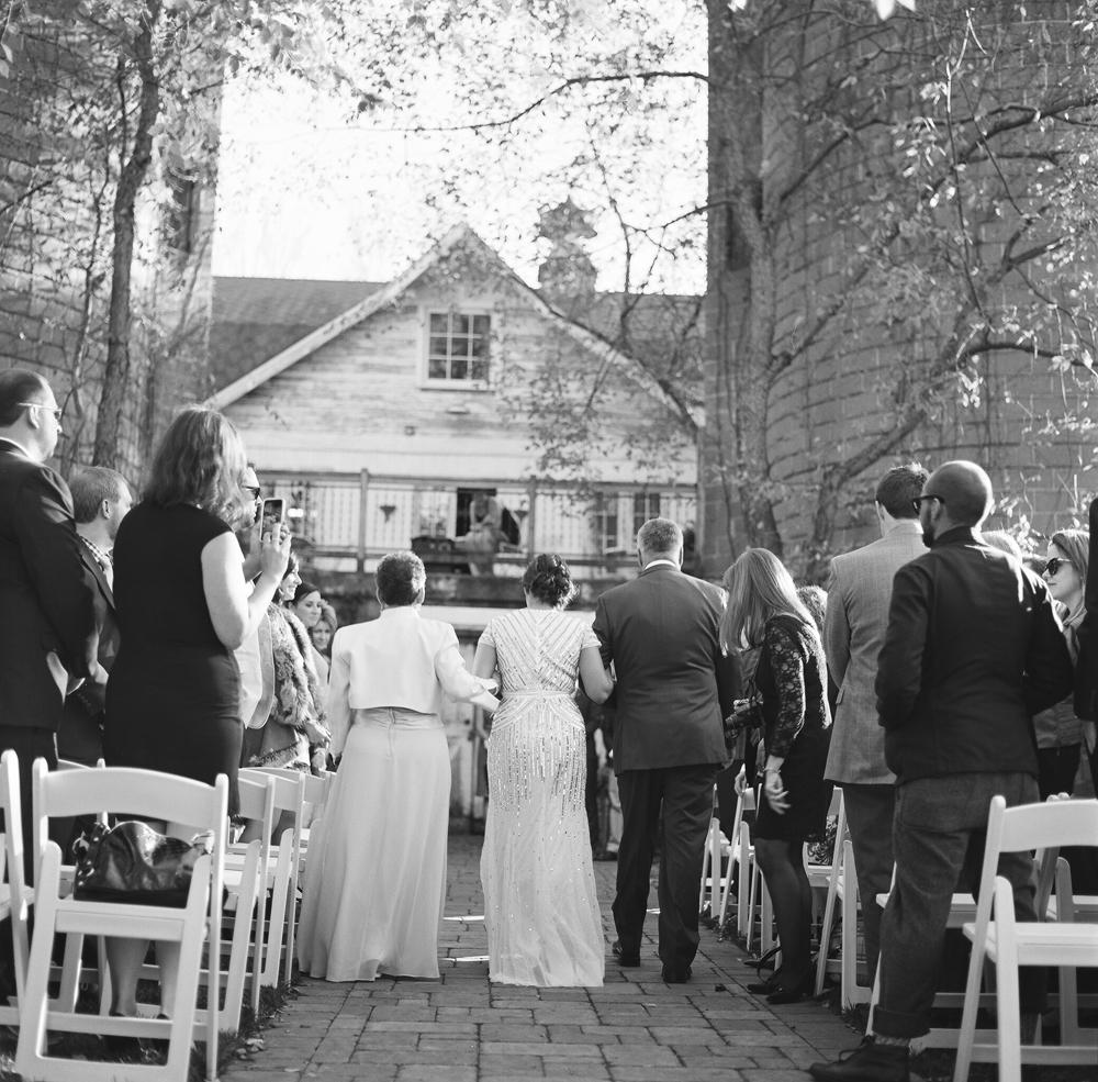 blue-dress-barn-michigan-wedding-055