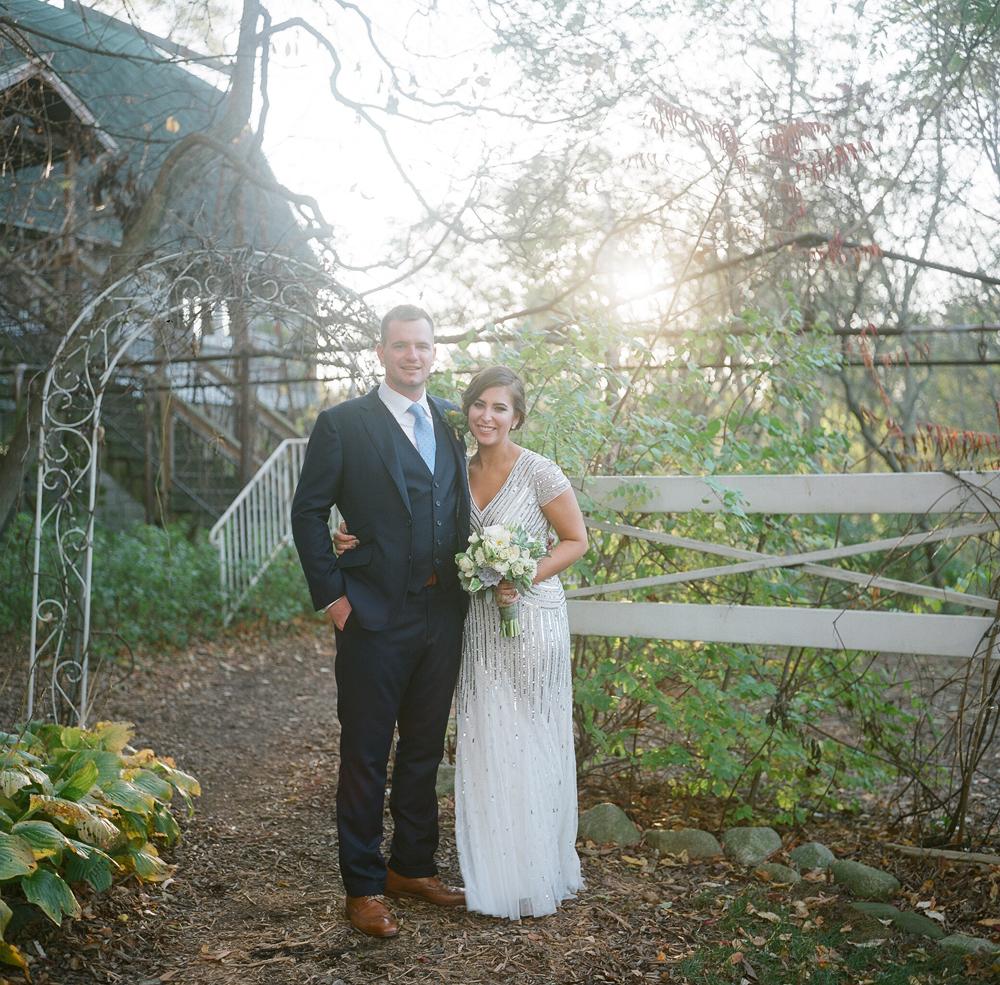 blue-dress-barn-michigan-wedding-066