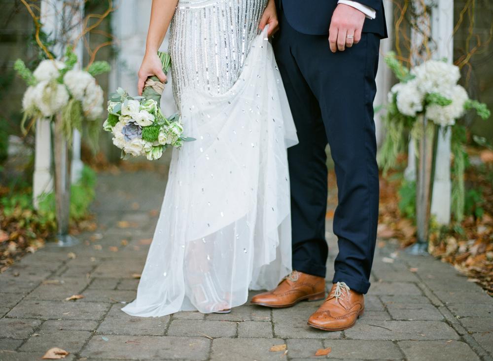 blue-dress-barn-michigan-wedding-067