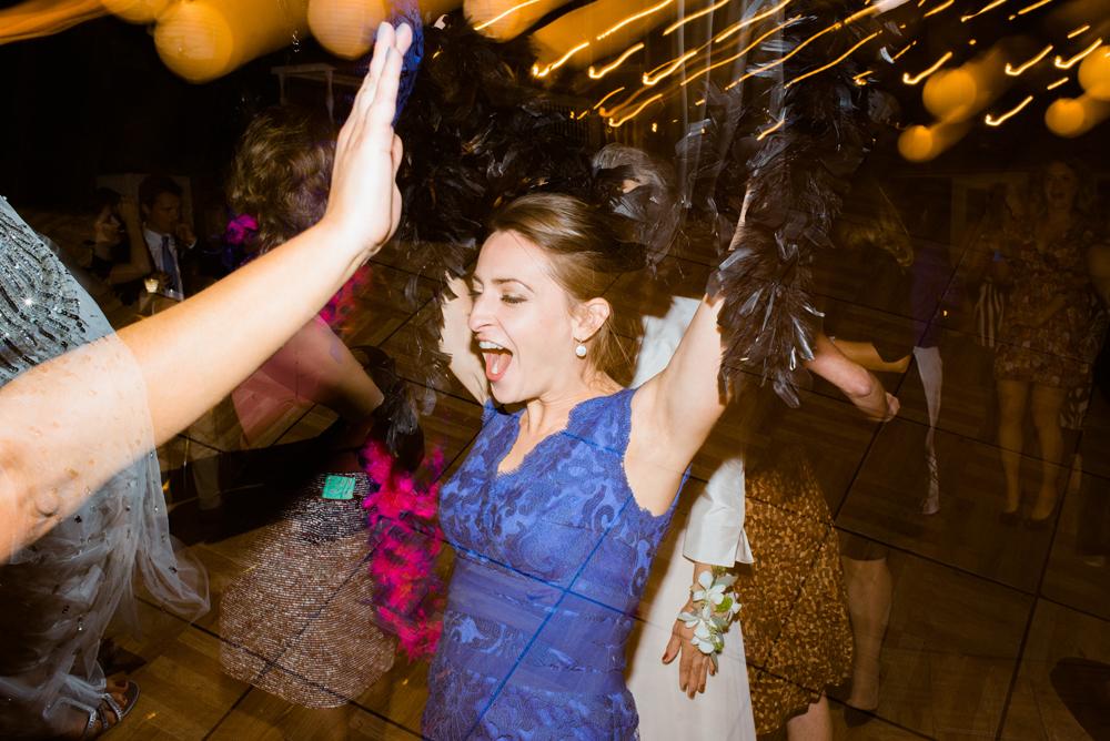 blue-dress-barn-michigan-wedding-101