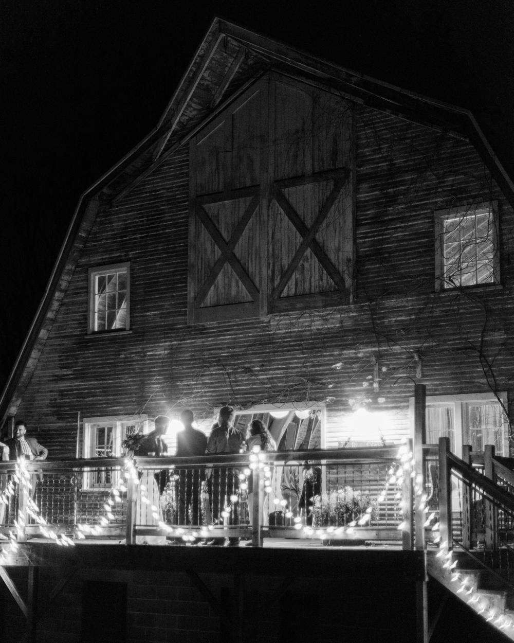 blue-dress-barn-michigan-wedding-105
