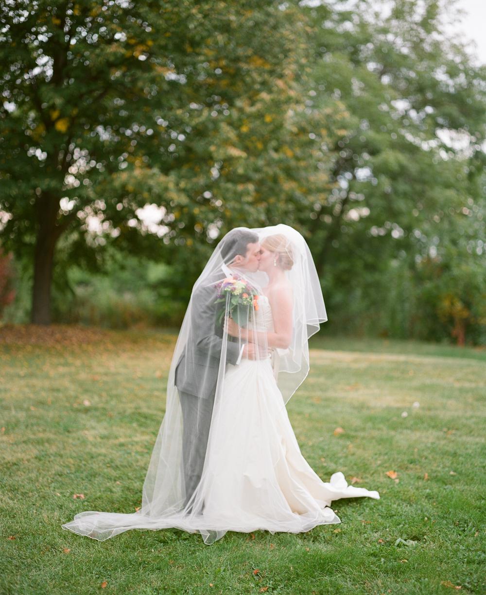university-club-of-milwaukee-wedding-036