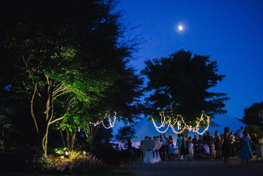 door-county-wisconsin-film-backyard-wedding-photography-032.jpg