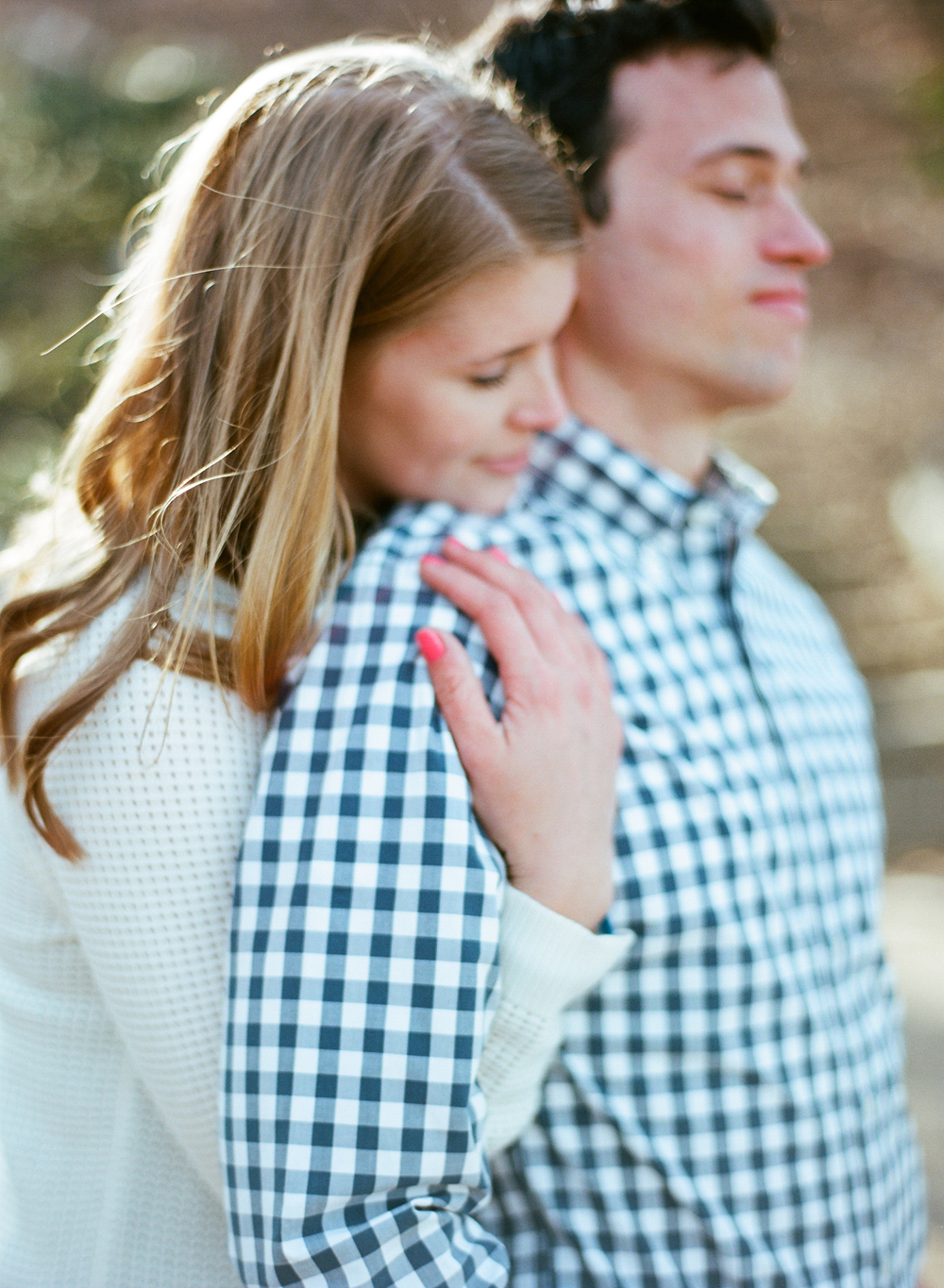 lake-michigan-engagement-photography-017