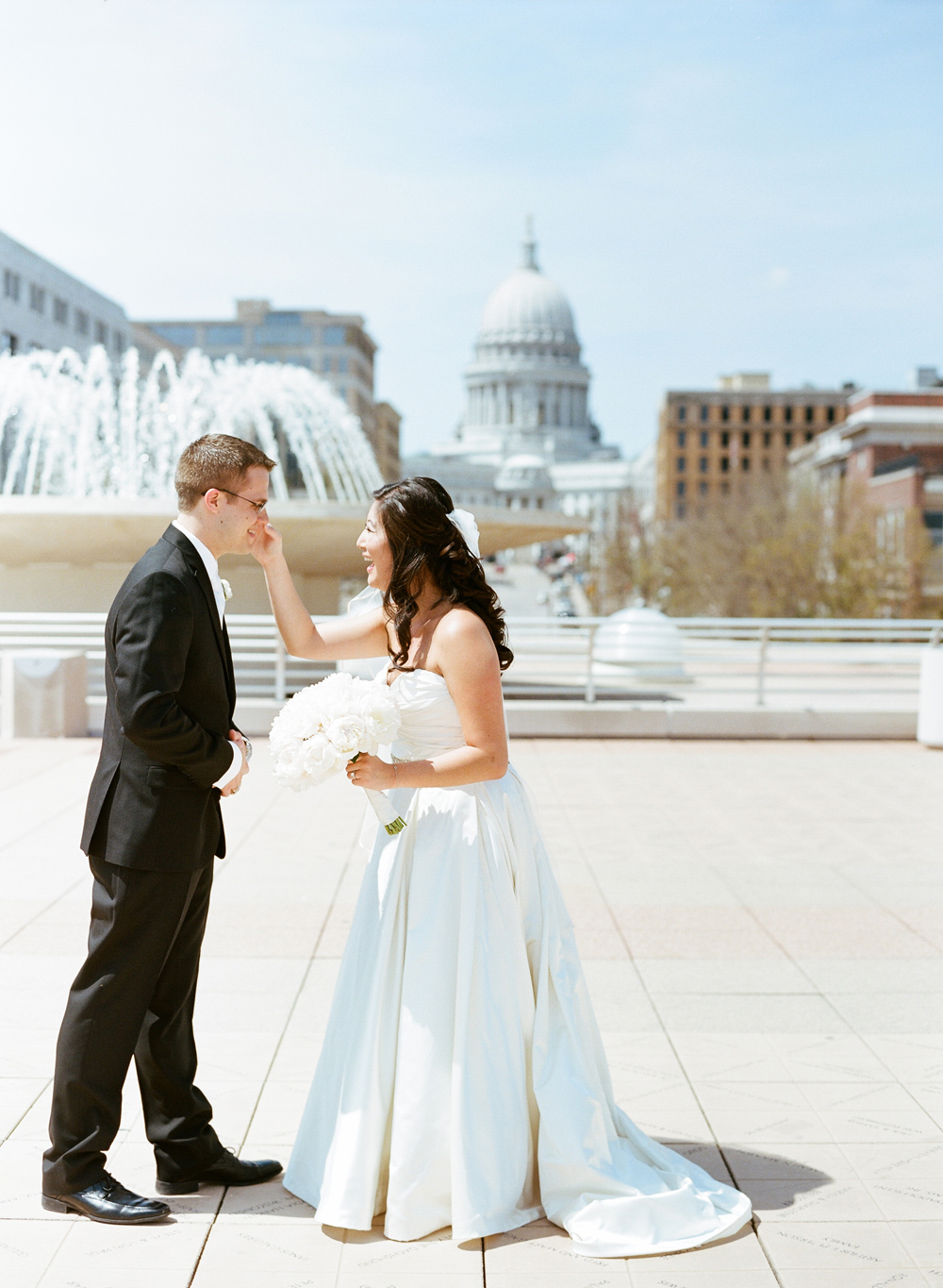 Elegant madison club wedding amanda nick the for Wedding photographers madison wi