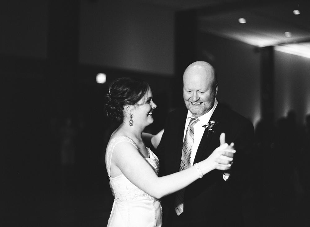 madison-wisconsin-wedding-photographers-037