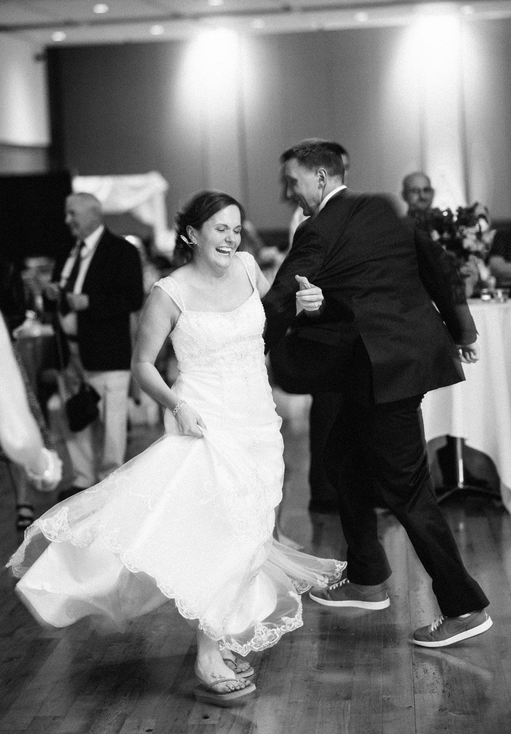 madison-wisconsin-wedding-photographers-040