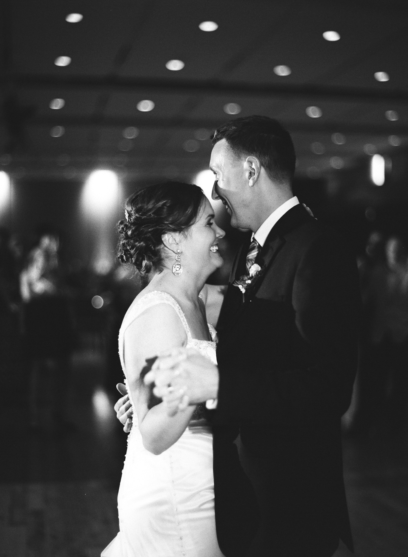 madison-wisconsin-wedding-photographers-041