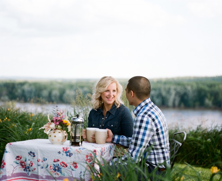 western-wisconsin-engagement-portraits-015