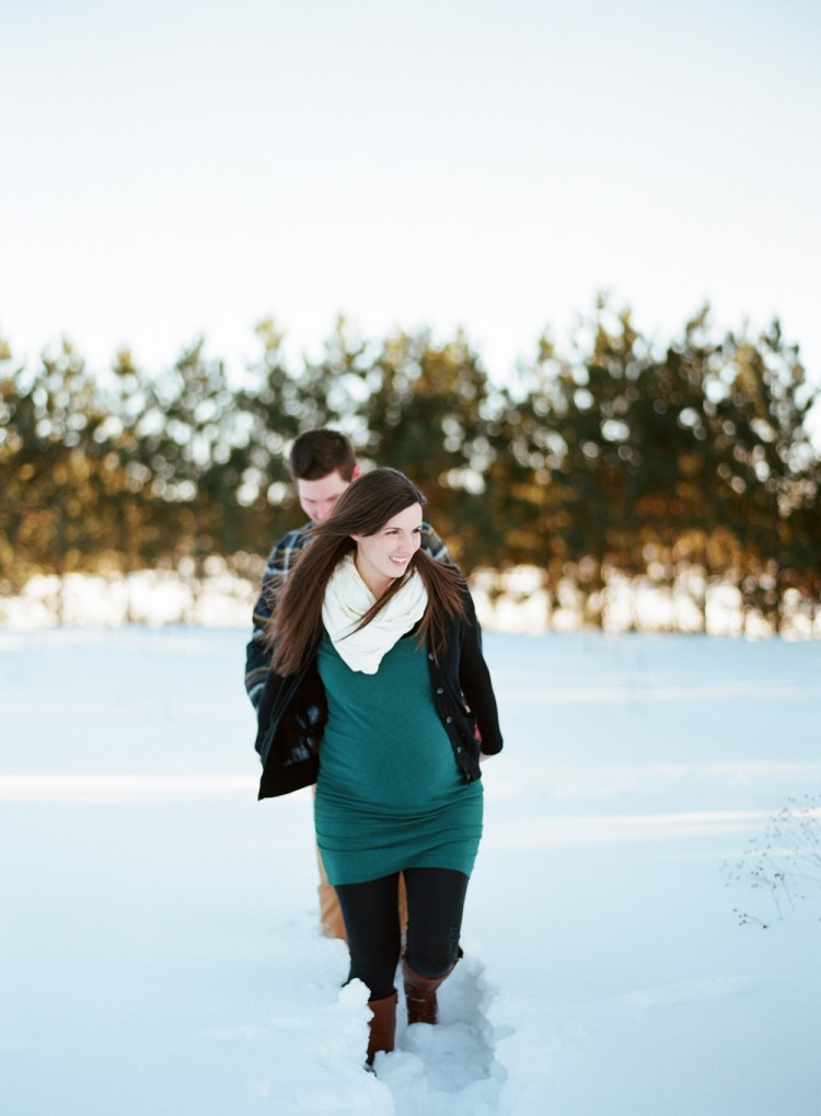 winter-maternity-photography-018